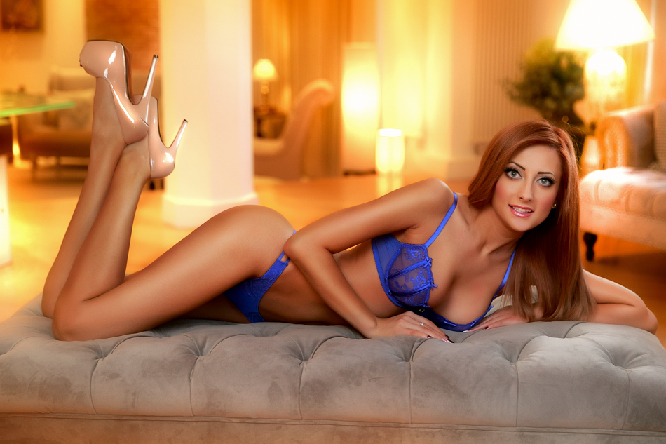 showing hottest london escorts